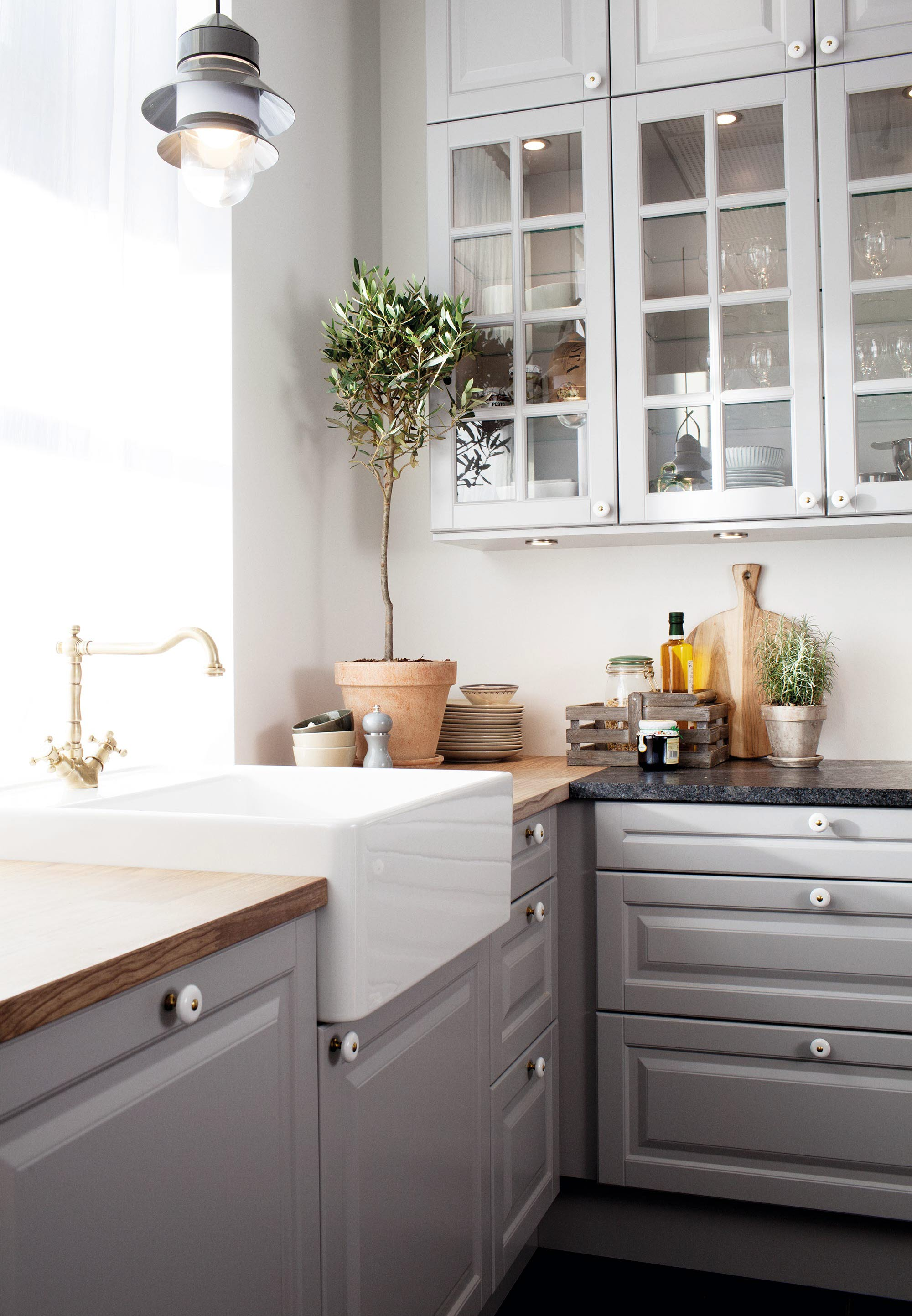 HTH Kitchen: Bathrooms, wardrobes and kitchens in Scandinavian ...